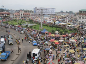Kejetia roundabout-the heart of Kumasi, barely beating...